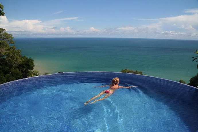 Costa Rica Villa Rental with Infinity Edge Pool